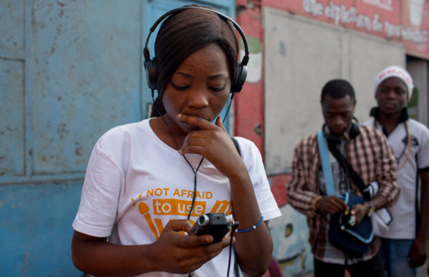 Teen reporters in Kinshasa stand up for the rights of children
