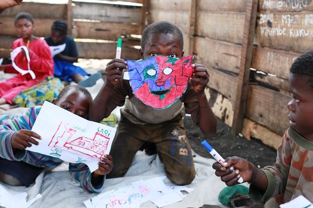 Jouer, dessiner, créer pour changer la souffrance en espoir