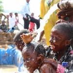 Mayi po na bana ya RDC (De l'eau pour les enfants de la RDC)