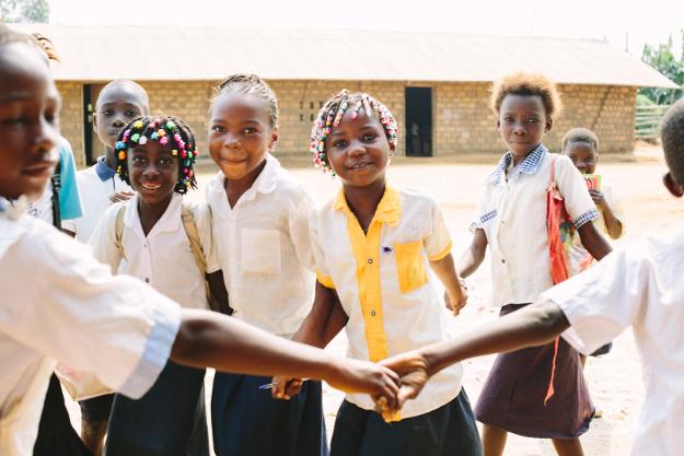 L'enthousiasme des enfants à l'école