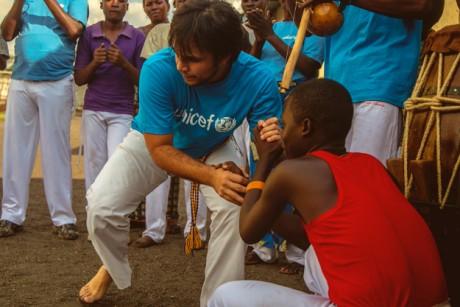 A Goma, la capoeira ramène les enfants à la Paix