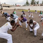 Comment la capoeira libère les enfants sortis des groupes et forces armés