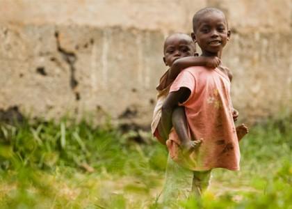Protéger l'enfant face à Ebola