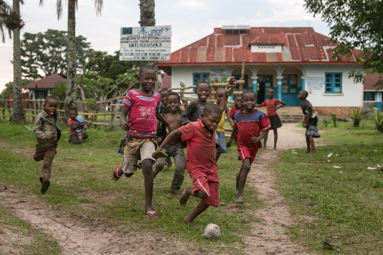 « Aidez-moi, fille congolaise, à vivre dans un pays où l'on respecte mes droits »
