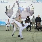 Ban-Ki Moon joue la Capoeira avec les enfants à Goma