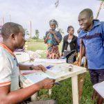Des foires aux articles ménagers essentiels pour améliorer la vie des personnes déplacées