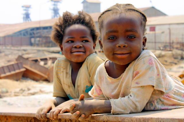 children working in the mines of Katanga