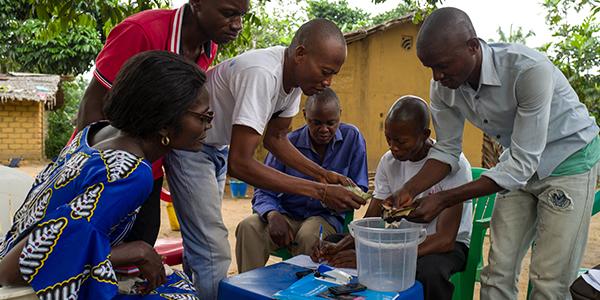 Une communauté au secours de la scolarité de ses enfants
