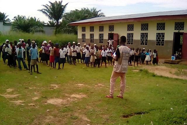 Enfants et Ebola