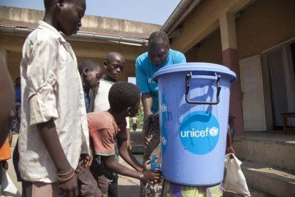 L'eau : un allié indispensable dans la lutte contre Ebola