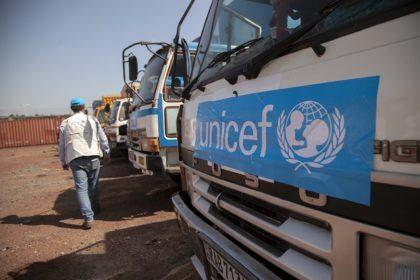 Du matériel pour assurer la santé et le bien-être des enfants affectés par Ebola