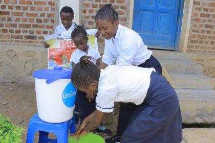 Hand-washing during an epidemic