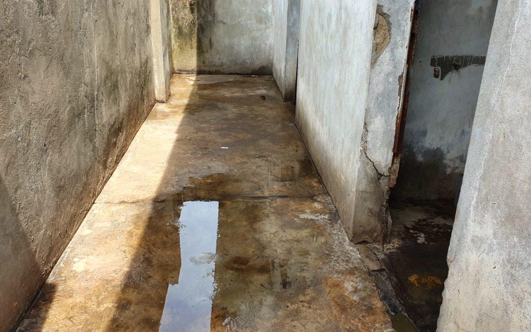 Les toilettes de la honte dans mon école à Kinshasa