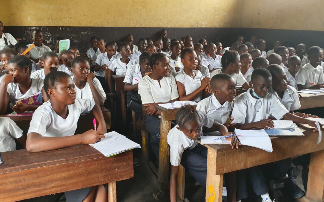Gratuité de l'enseignement à Kinshasa: ruées des élèves des écoles privées vers les écoles publiques